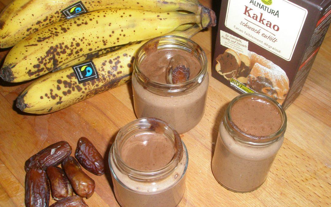 Nougat-Schoko-Pudding (roh und vegan)